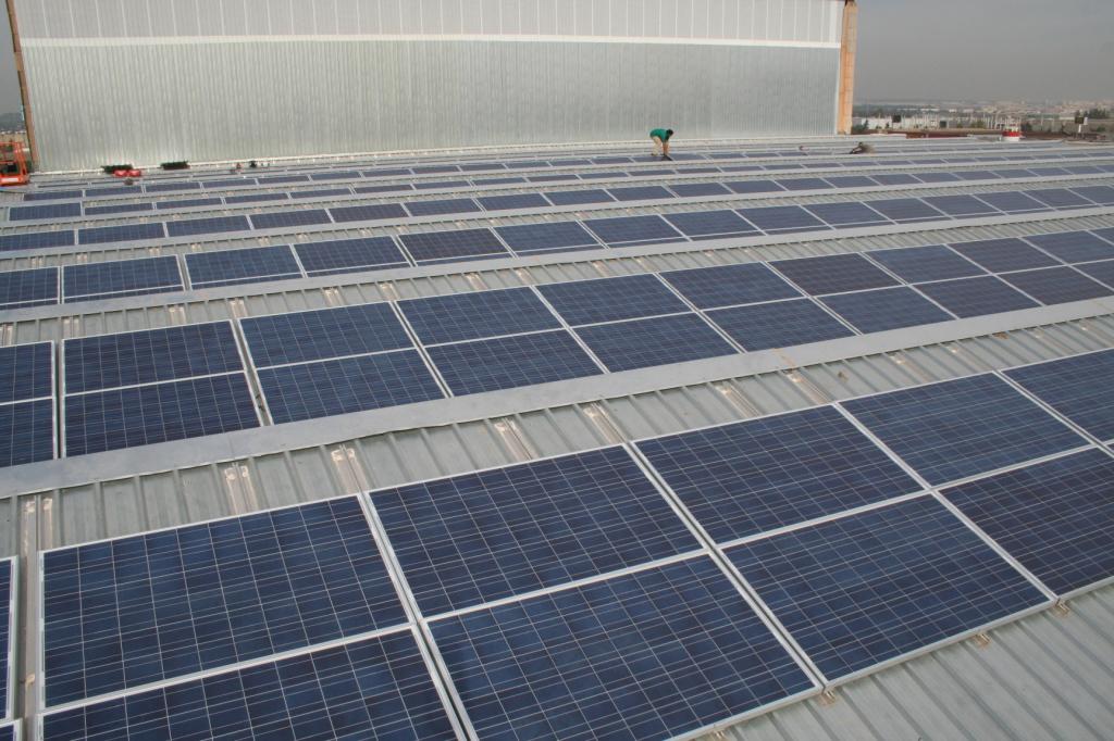 instalación solar propia Axial